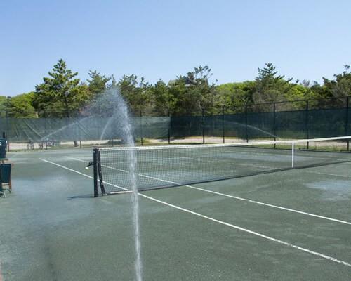 Автополив теннисного корта